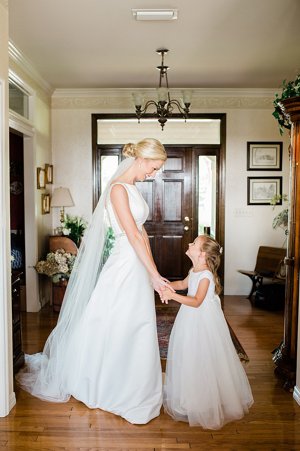 Gainesville wedding, Gainesville wedding photographer, Florida Wedding, Florida Wedding Photographer, North Florida Wedding Photographer, Florida wedding ideas, Florida wedding inspiration, Florida wedding planning, backyard wedding, backyard wedding inspiration, upscale backyard wedding, tent wedding ideas,