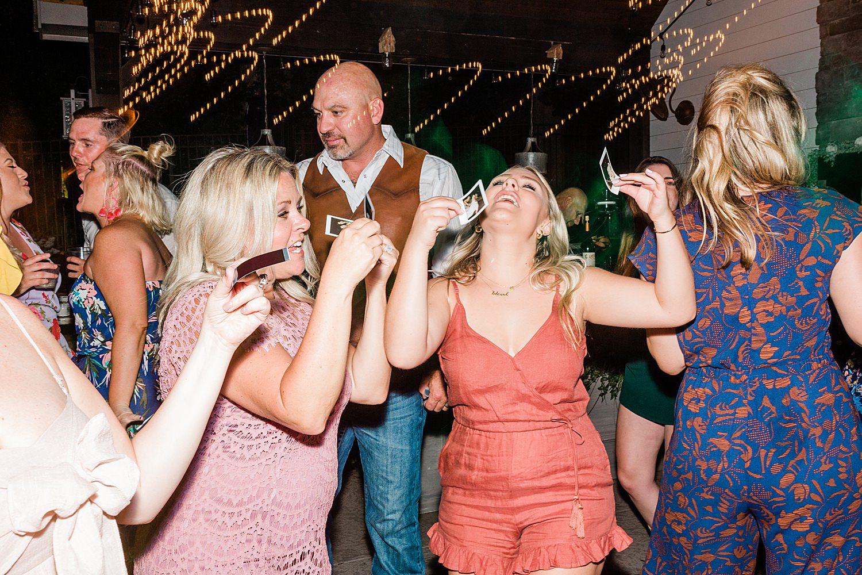 Nashville Wedding, Franklin Wedding, Nashville Wedding Photographer, Tennessee Wedding, Tennessee Wedding Photographer, Tennessee Wedding ideas, Vineyard Wedding, Vineyard Wedding Ideas, backyard wedding, backyard wedding inspiration, boho backyard wedding, casual wedding ideas,